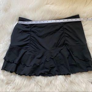 Athleta mini skirt